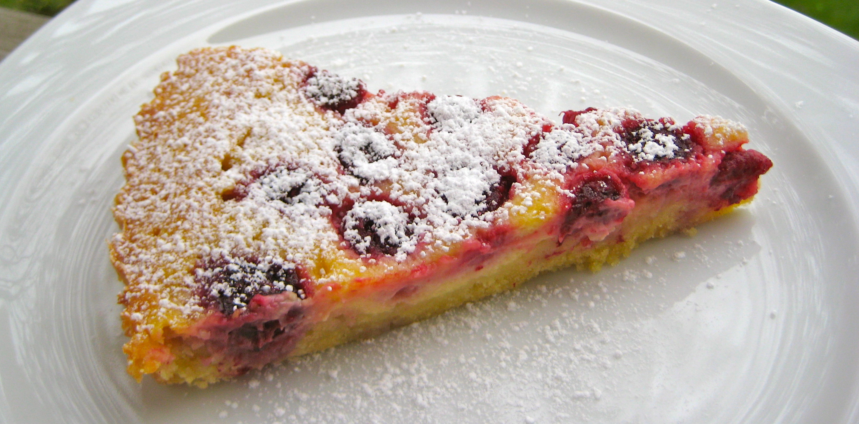 This Dessert Sings Spring Raspberry-Crème Fraîche Tart ...