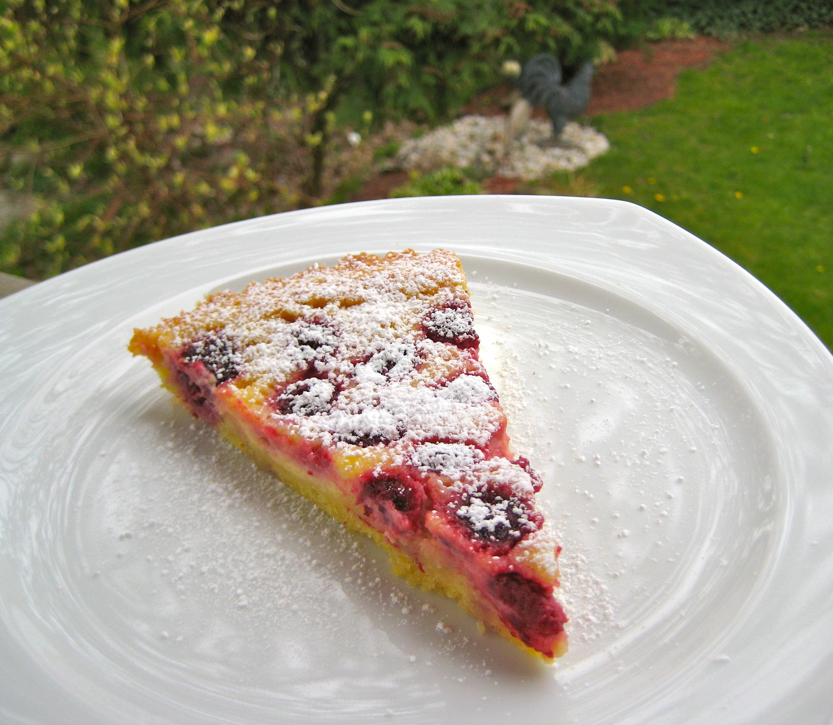this dessert sings raspberry cr 232 me fra 238 che tart through the kitchen window