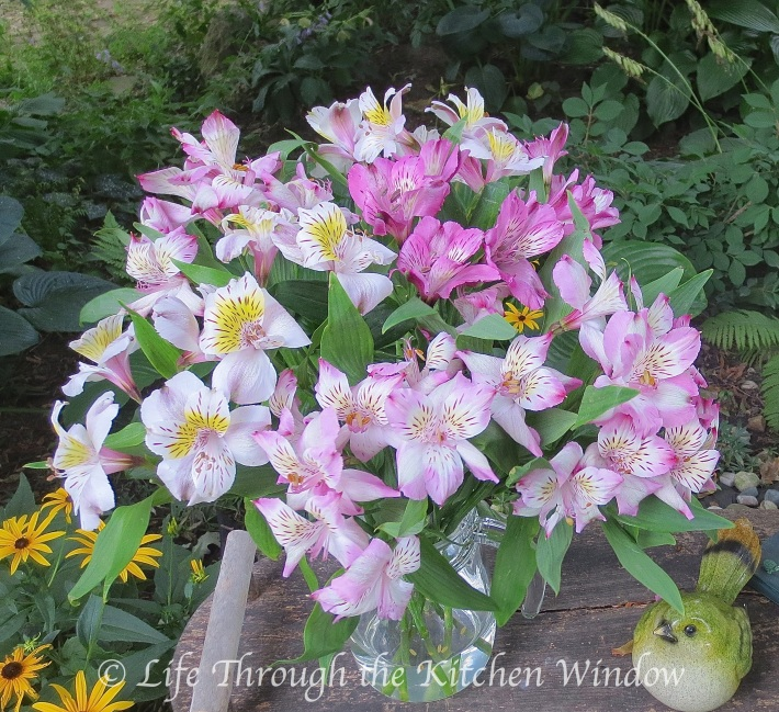 Simple Pleasures: Alstroemeria │ © Life Through the Kitchen Window