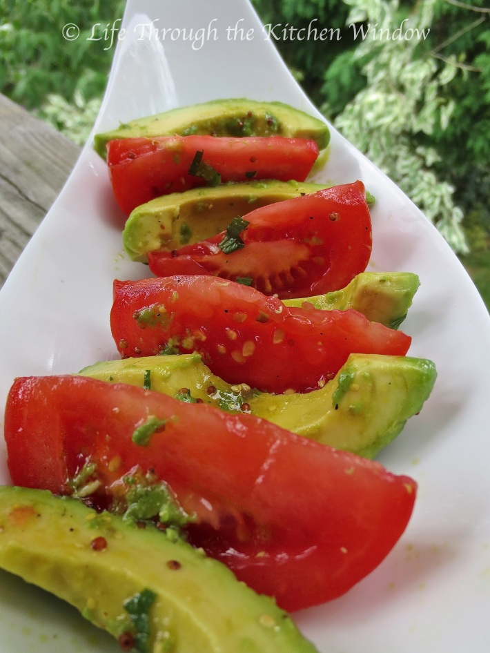 Tomato & Avocado Salad with Lime Vinaigrette ⎮ © Life Through the Kitchen Window