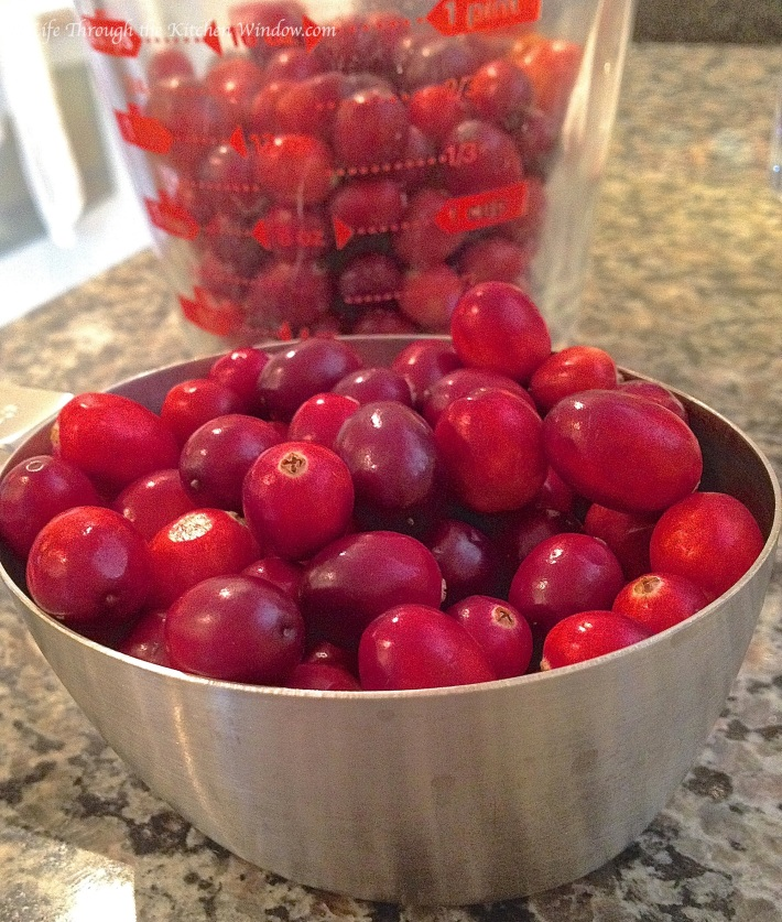 Cranberries | © Life Through the Kitchen Window.com