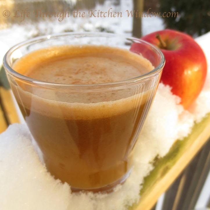 Ambrosia, Carrot & Celery Juice | © Life Through the Kitchen Window.com