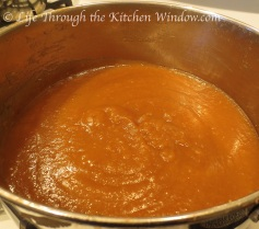 A Slow Journey to Goodness ❦ Apple Butter