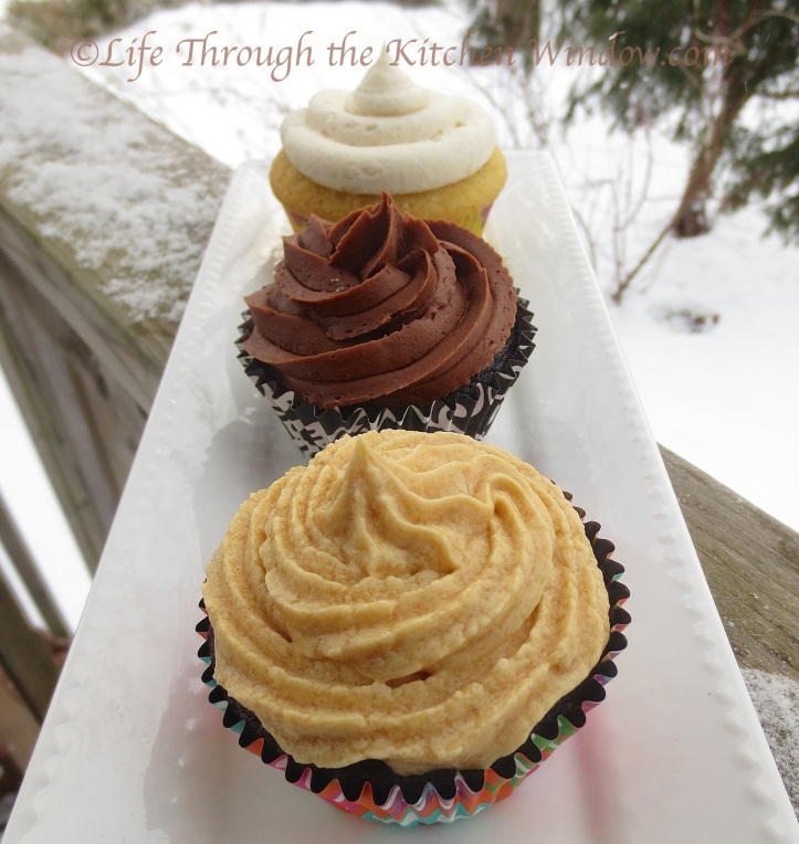 National Cupcake Day 2014 | © Life Through the Kitchen Window.com