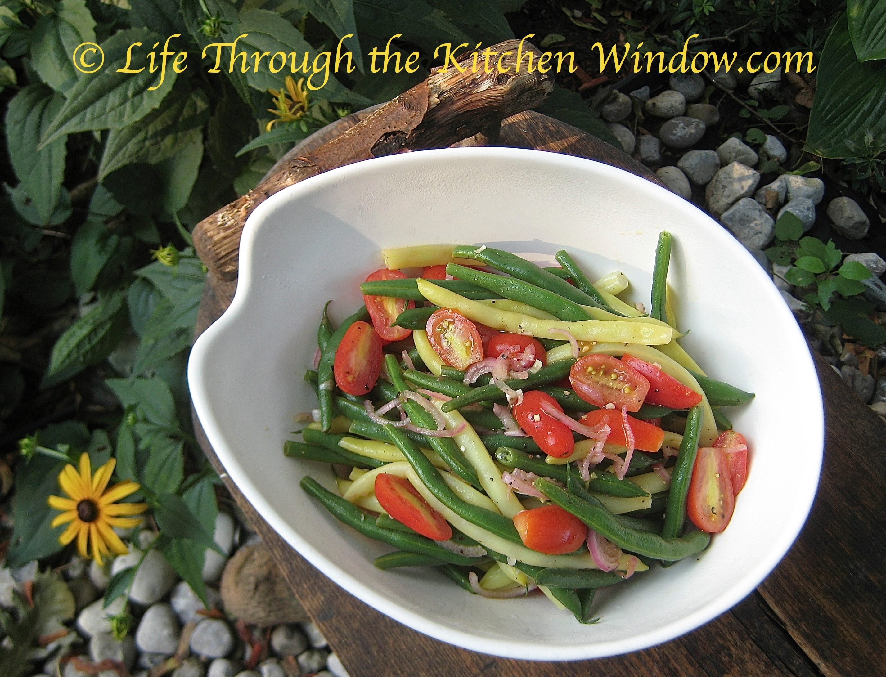 Green & Yellow Bean Salad with Cherry Tomatoes | © Life Through the ...