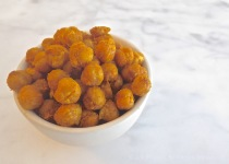 Roasted Curried Chickpeas | © Life Through the Kitchen Window.com