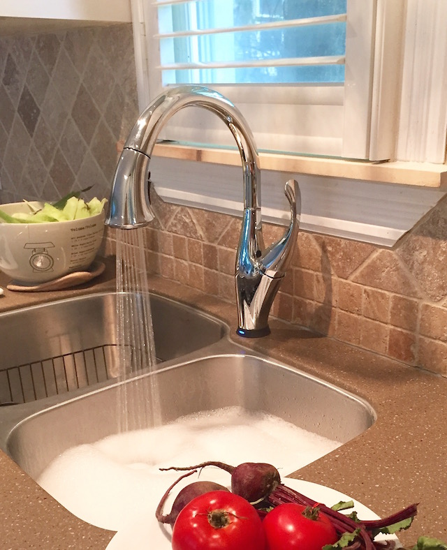 Delta Touch20 Technology Faucet - Addison | © Urban Cottage Life.com