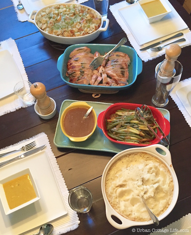 Make Ahead Thanksgiving Dinner | © Urban Cottage Life.com