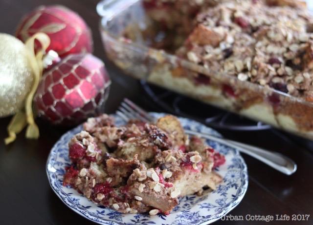 Raspberry Chocolate Bread Pudding | © UrbanCottageLife.com 2017